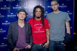 Eric McFadden with musicians