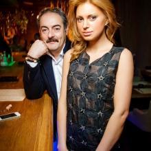 Александр Юдин со спутницей