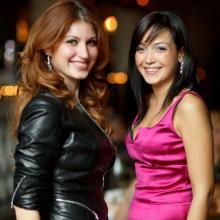 Алена Васильева с подругой