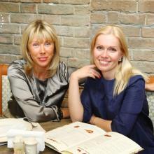 Tatiana Selezniova with sister