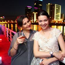 Elena Pavlova with Katya Kazakova