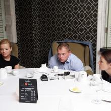 Кирилл Гусев с друзьями