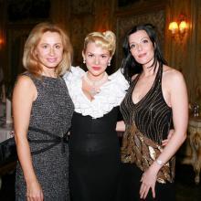 Корнилова Ольга, Джулия Делуа, Мария Тарасевич