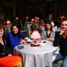 Оксана Полустарченко с друзьями