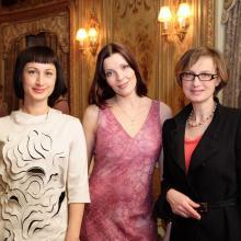 Irina Anatsheva with sister, Maria Tarasevich